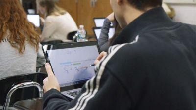 River Dell Regional School District gives students connected classrooms and digital ink