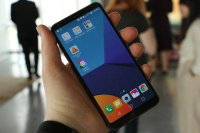 LG unveils the G6, swapping modularity for a widescreen and waterproofing