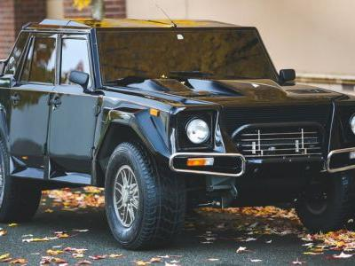 Keep Your Urus And Sign Us Up For This Lamborghini LM002 Instead
