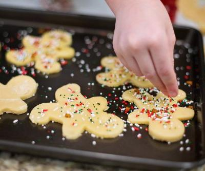 The 1 Holiday Tradition I'll Always Do With My Kids, No Matter How Old They Get