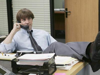 John Krasinski Wore A Wig Filming 'The Office' Season 3 & The Story Behind It Is Amazing