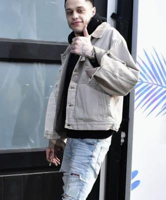 We Finally Know Ariana Grande's Opinion on Pete Davidson & Kate Beckinsale Dating