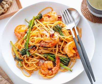Japanese-style Pasta with Shrimp and Broccolini 海老とブロッコリーニの和風パスタ