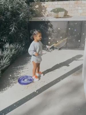 Khloe Kardashian and Daughter True Thompson Play With Bubbles in the Backyard: 'TuTu's Turn!'