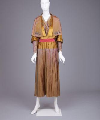 Fashionsfromhistory: Evening Dress 1910s Goldstein Museum of