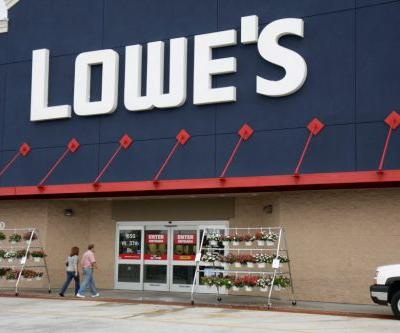 Lemonade vendor robbed at gunpoint gets gift from Lowe's