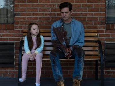 Haunting Of Hill House Actor Henry Thomas Cast In Bly Manor