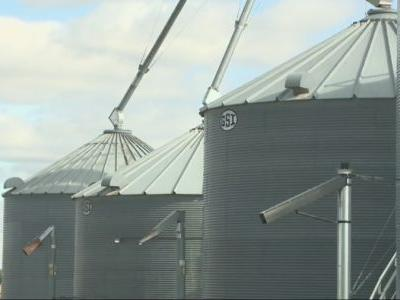 This week's rainy forecast could help and hurt Iowa farmers