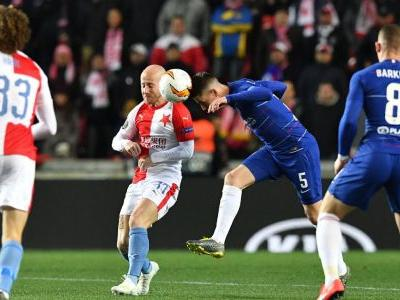 Chelsea score late through Alonso header for narrow win at Slavia Prague
