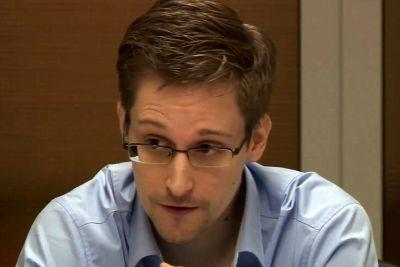 Russia considers returning Snowden to US as 'gift' to Trump: report