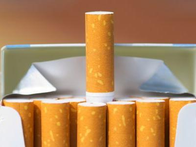Smoking Increases Risk of Colorectal Neoplasia in IBD