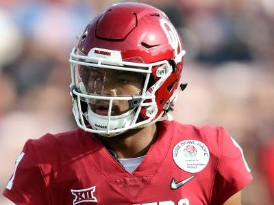 Kyler Murray deletes past homophobic tweets hours after winning Heisman Trophy