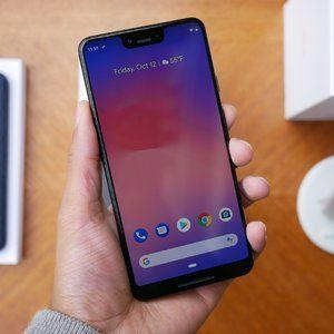 Google Pixel 3 XL and Pixel Stand Unboxing and First Look!