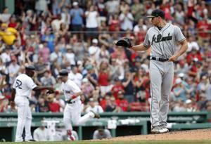 Pedroia returns as Red Sox beat Braves 8-6
