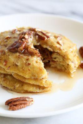 4-Ingredient Flourless Banana-Nut Pancakes