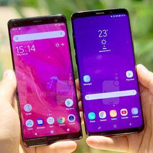 Sony Xperia XZ3 or Samsung Galaxy S9+: which one would you buy?