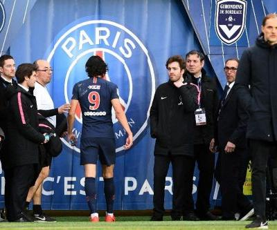 Cavani comes off injured for PSG ahead of Man Utd clash