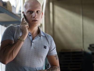 Bill & Ted 3 Casts Gotham's Anthony Carrigan As Its Villain
