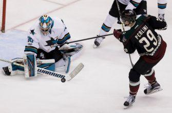 Burns scores twice, Sharks beat Coyotes 4-1