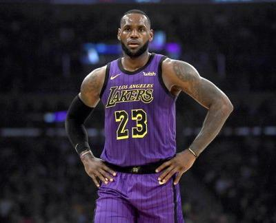 Report: Lakers to Put LeBron James on Minutes Restriction