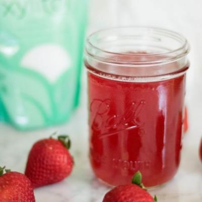 Low carb Strawberry Simple Syrup