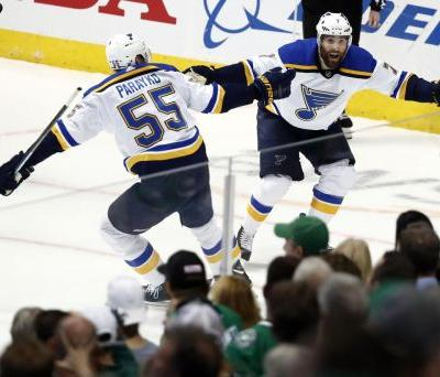 Blues still unbeaten on playoff road after edging Stars in Game 3