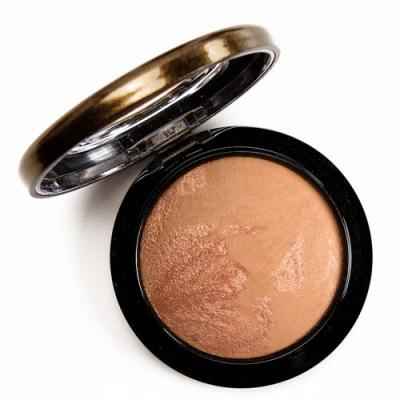 MAC x Jade Jagger Satin Shimmer Mineralize Skinfinish Review, Photos, Swatches