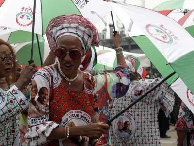 Nigeria's top candidates pledge a peaceful election