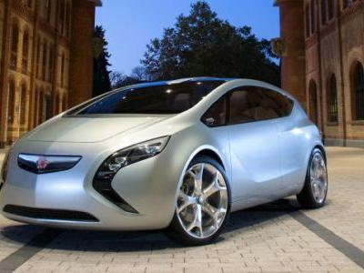 What Dead Car Brand Would Have Nailed Electrification?