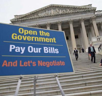 6 ways you can help federal workers who aren't getting paid during the government shutdown
