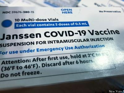 Clinicians: Be on High Alert for Rare J&J COVID Vax Events
