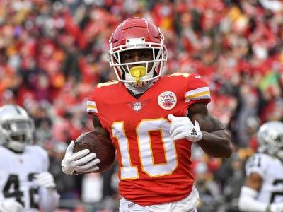 Chiefs receiver Tyreek Hill under investigation for alleged battery of 3-year-old son