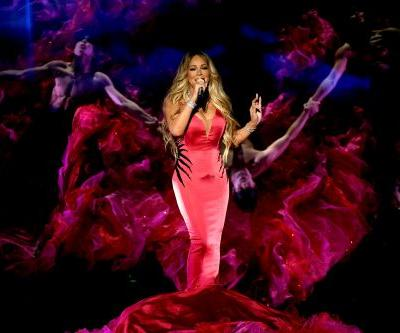 Fans Accuse Mariah Carey Of Lip-Syncing At The AMAs: 'Jeez, Is She Even Trying?'