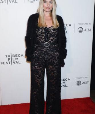 Margot Robbie's Sexy Lace Jumpsuit Might Be My New Favorite Look of All Time