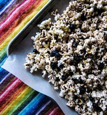 Vegan Blueberry Vanilla White Chocolate Popcorn