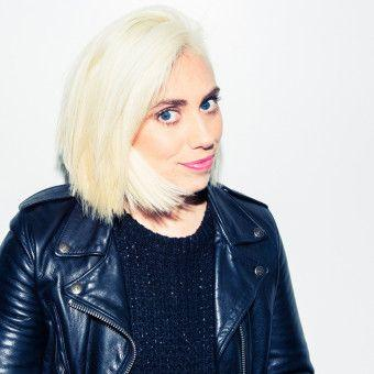 How to Prep Your Hair to Go Totally Platinum