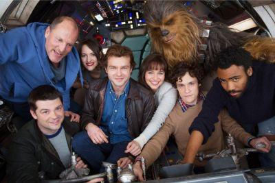 'Han Solo' Movie Photo: The Cast Takes Flight on the Millennium Falcon