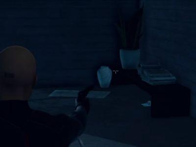 Hitman 2 - how to complete the Under the Mat challenge and find the spare key