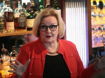 Claire McCaskill says she fears Democrats won't ever win back senate majority, and slams her own party for not embracing moderates