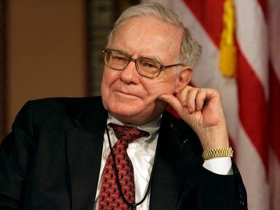 BUFFETT: Stocks are 'on the cheap side' and not in bubble territory