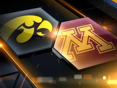 Murphy, Coffey lead Minnesota past No. 19 Iowa 92-87