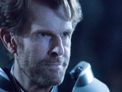 Crisis On Infinite Earths Images Reveal Kevin Conroy As Batman