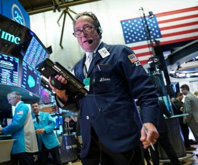 Tech giants plunge again, pushing market into red for year