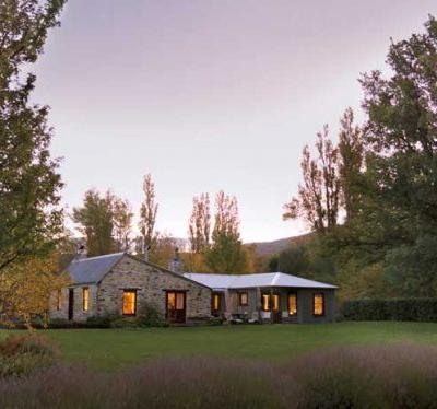 Enchanted storybook cottage near St Bathans in Central Otago for sale