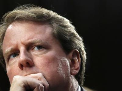DOJ: McGahn can't be forced to testify about Mueller probe