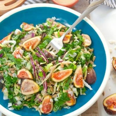 Fig & Kale Salad & Tahini Dressing