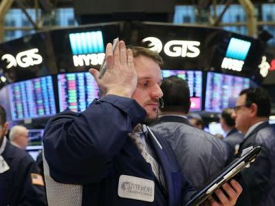Dow slides 700 points as 3-day rebound fades amid continued coronavirus turmoil