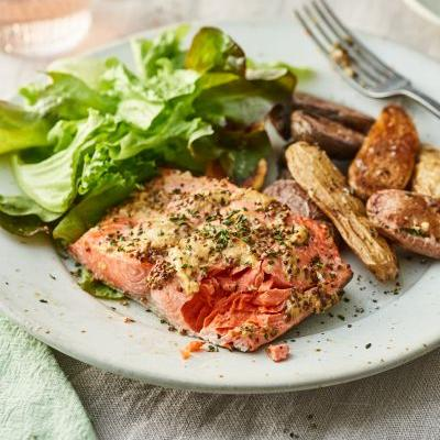 6-Minute Broiled Salmon Is a Weeknight Miracle