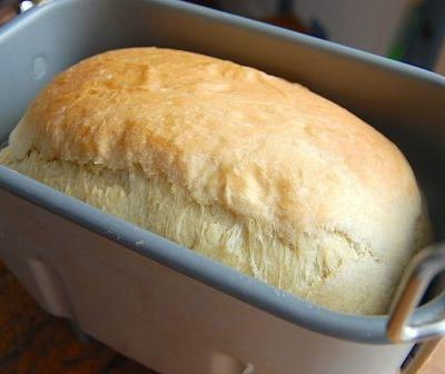 How to convert your favorite recipes to a bread machine: start with the flour