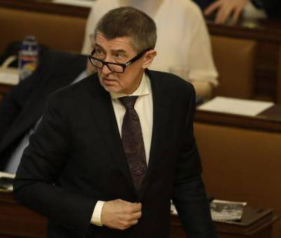 Czech lawmakers lift immunity for PM Babis over fraud claims
